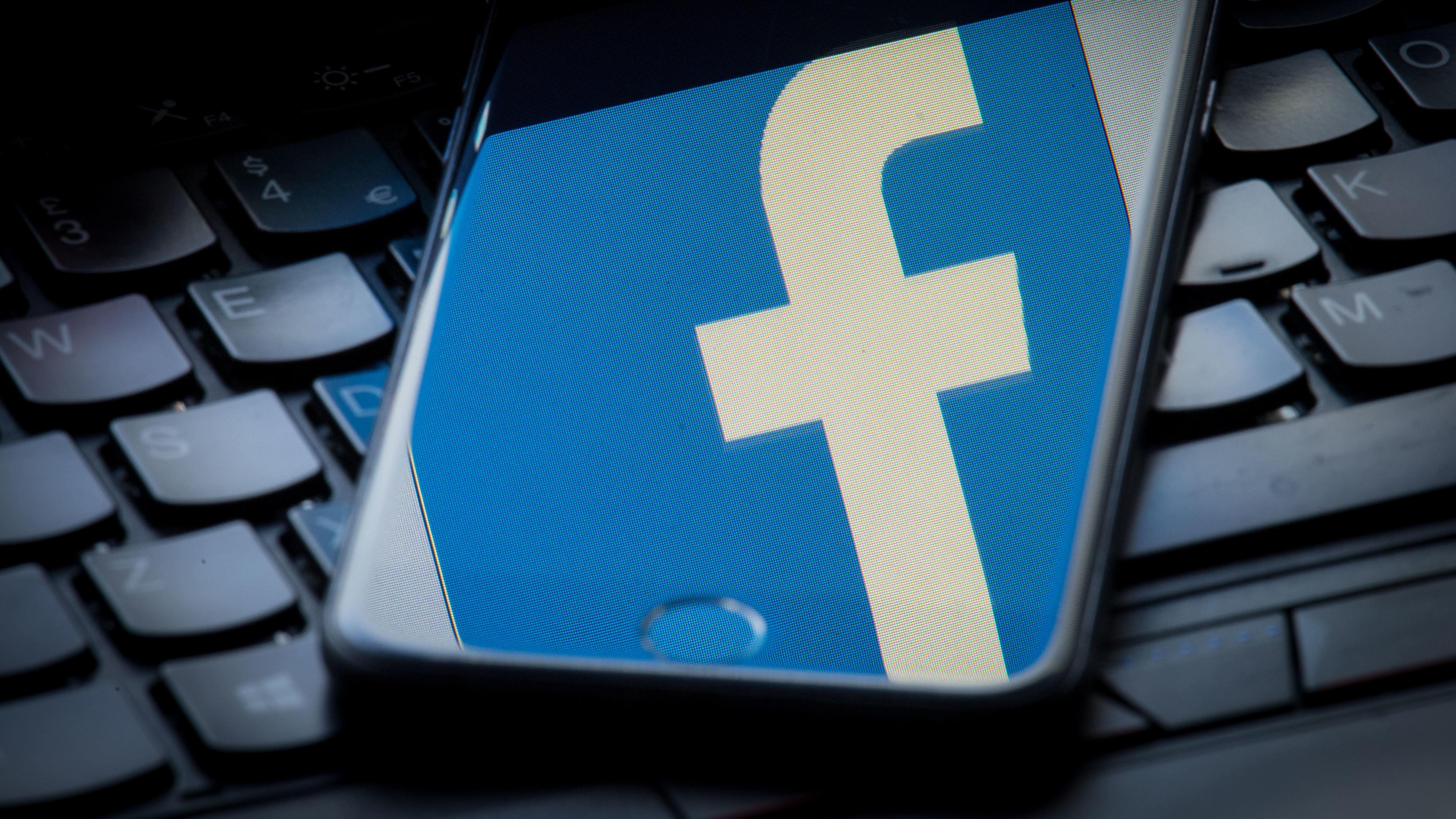 Facebook accused of failing to stop fake review sales on its site | BT