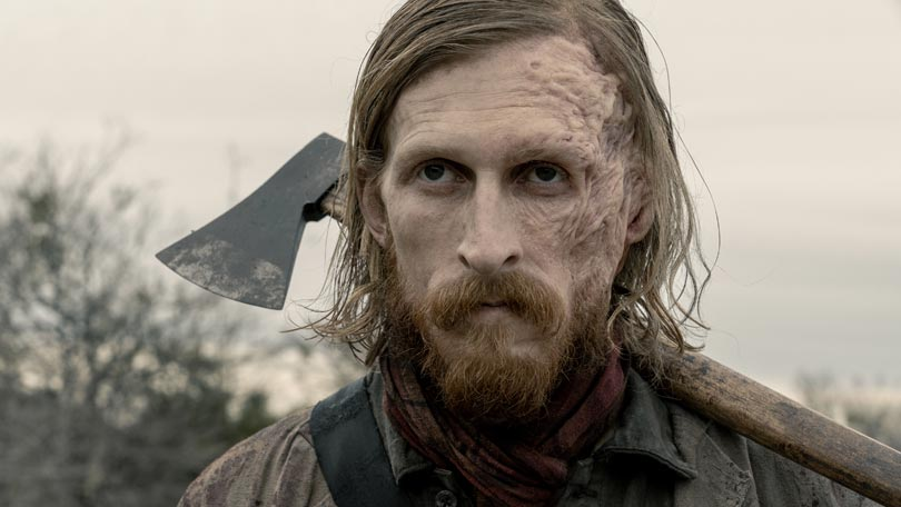 Austin Amelio in Fear the Walking Dead as Dwight, carrying an axe
