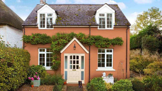 george-clarkes-5-tips-for-maxing-your-homes-kerb-appeal-136420277815203901-170810103040.jpg (648×364)