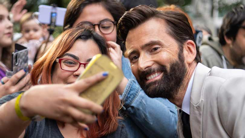 David Tennant on the Good Omens red carpet