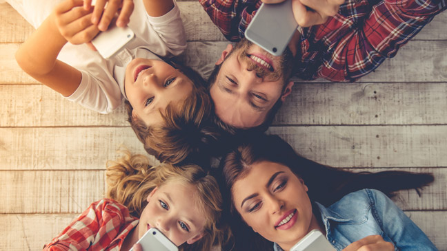 Discover the benefits of BT Mobile Family SIM | BT