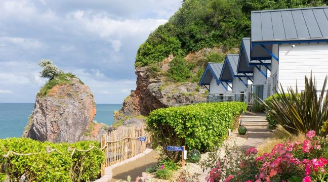 Hotel Review Beautiful Beach Huts In Babbacombe Bay Devon
