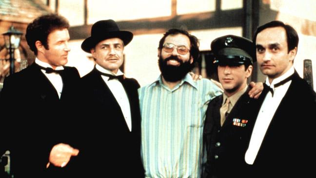 הדיקטטור האחרון זה לא רק סרט James-caan-marlon-brando-frances-ford-coppola-al-pacino-and-john-cazale-during-filming-of-the-godfather-136404605869302601-160314164808