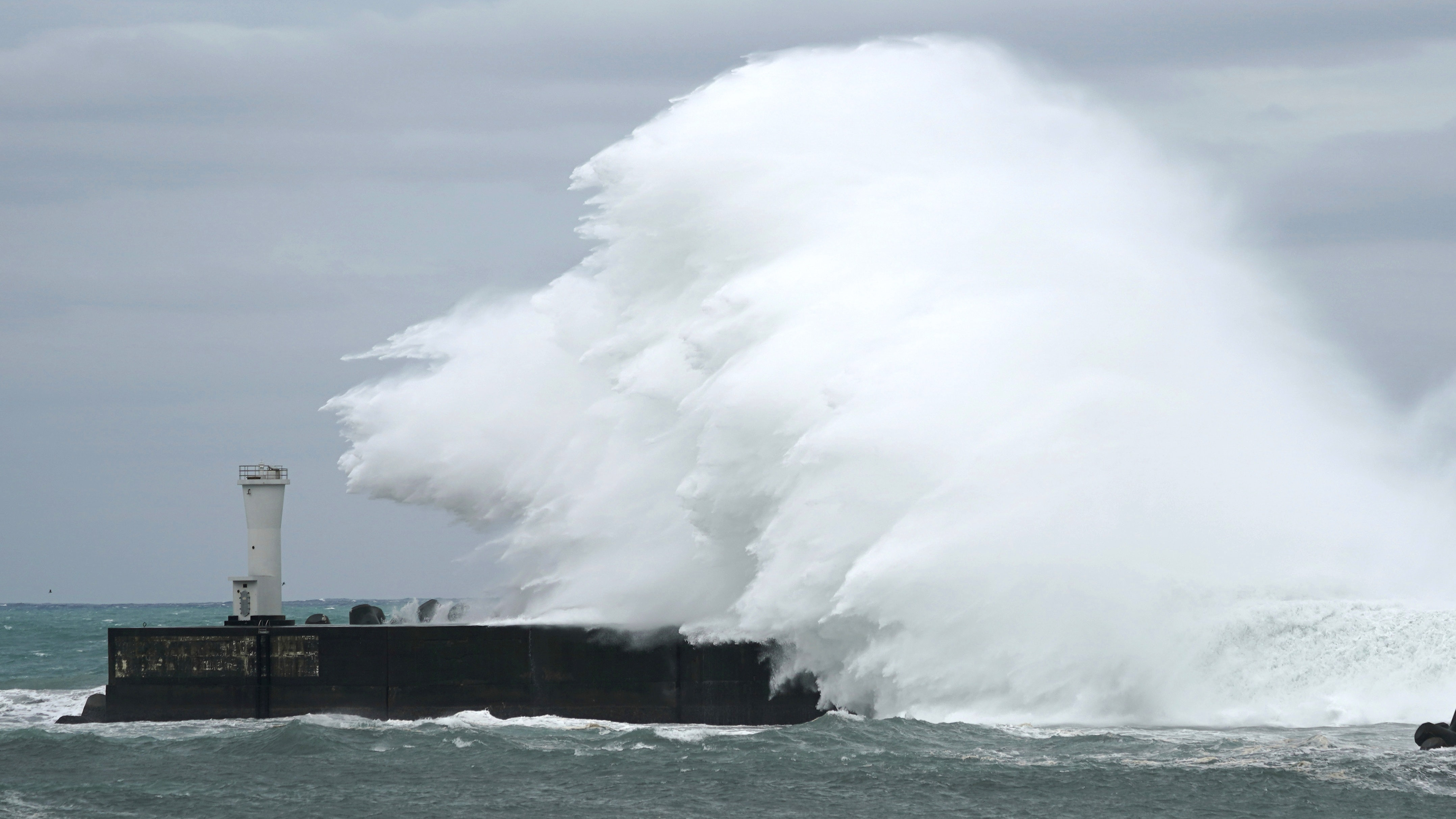 Картинки по запросу Japan braces for typhoon Hagibis