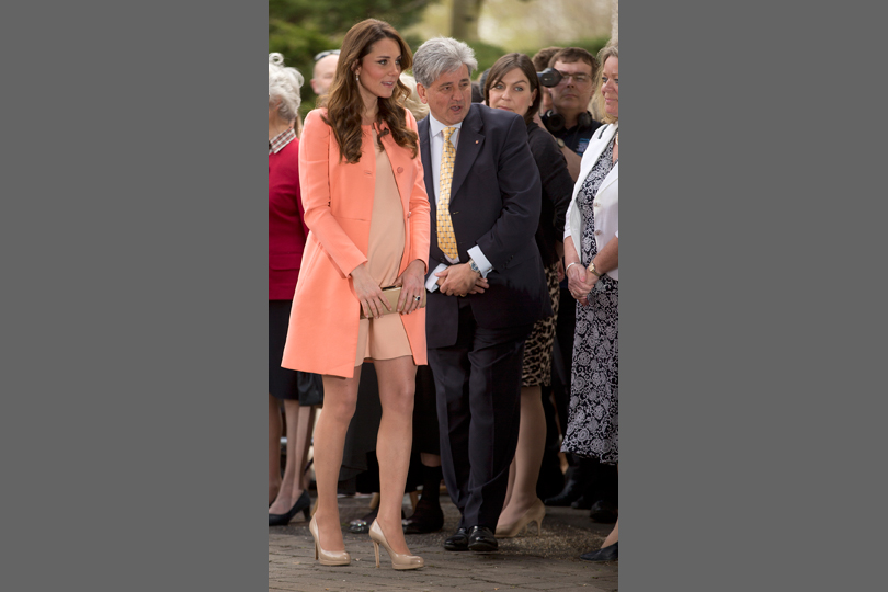 Kate Middleton pregnancy style peach coat
