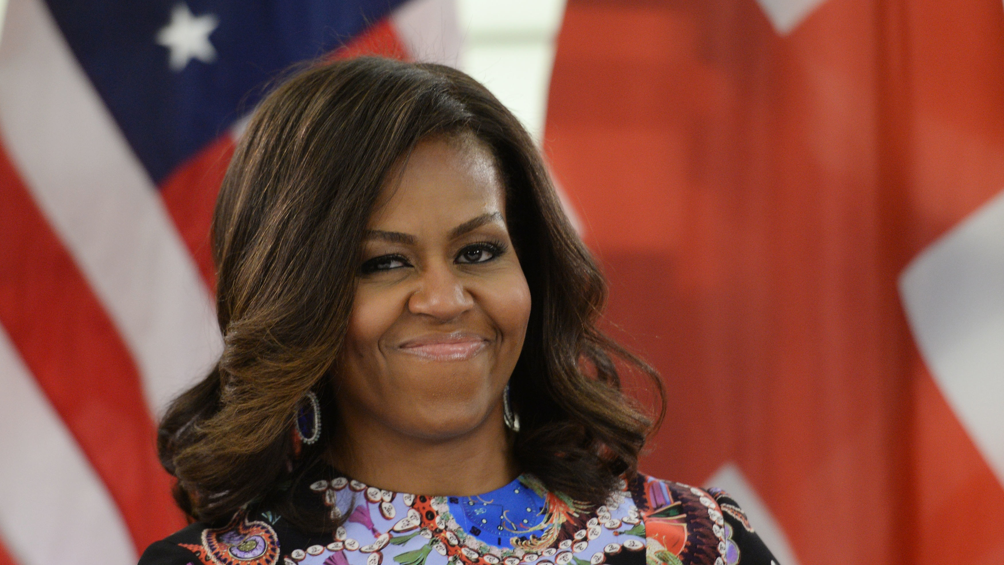Michelle Obama Reveals Hilarious Text Exchange With Her Mother After Grammys  Bt-8102