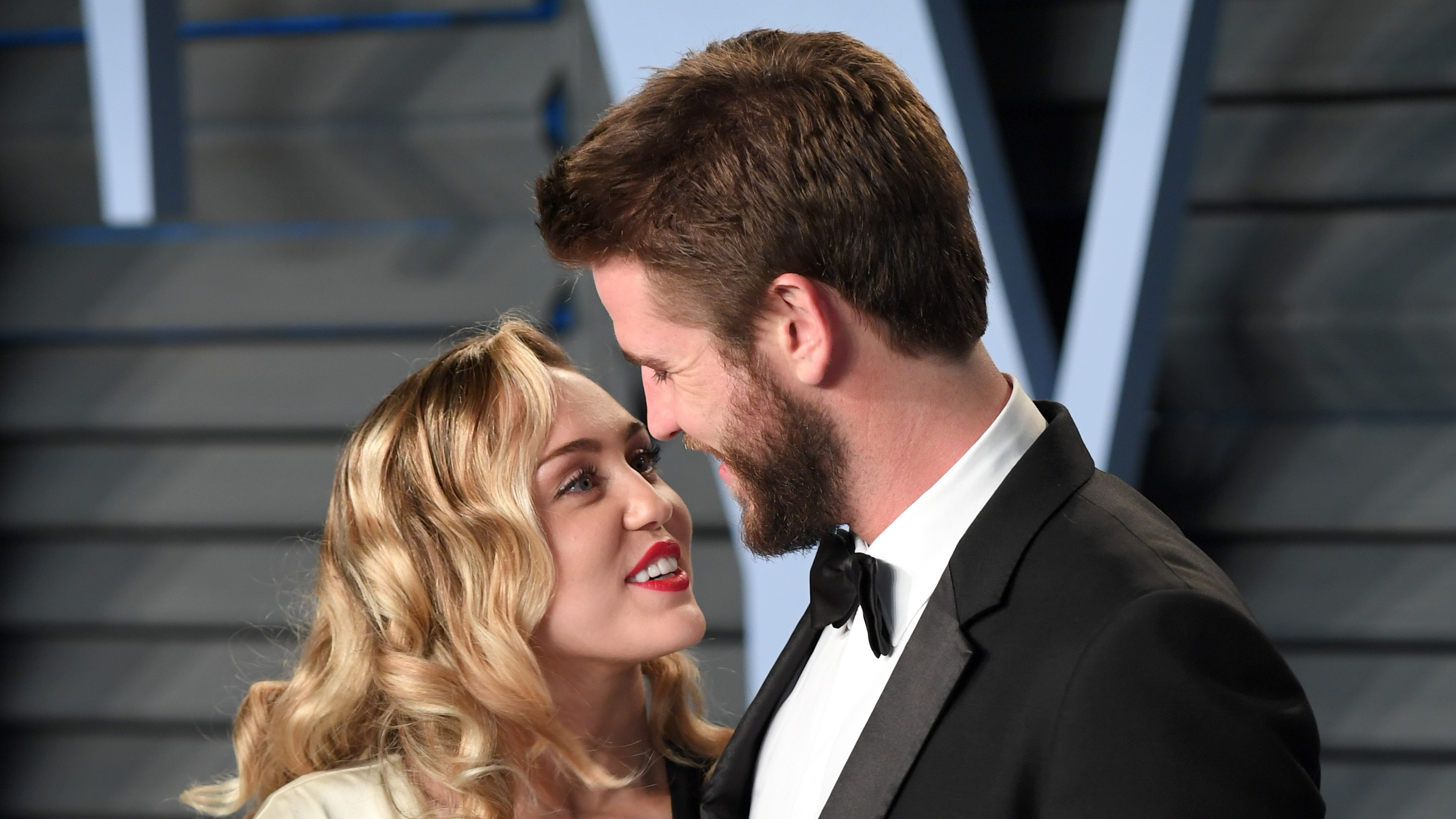 Miley Cyrus shares love letter to husband Liam Hemsworth ...