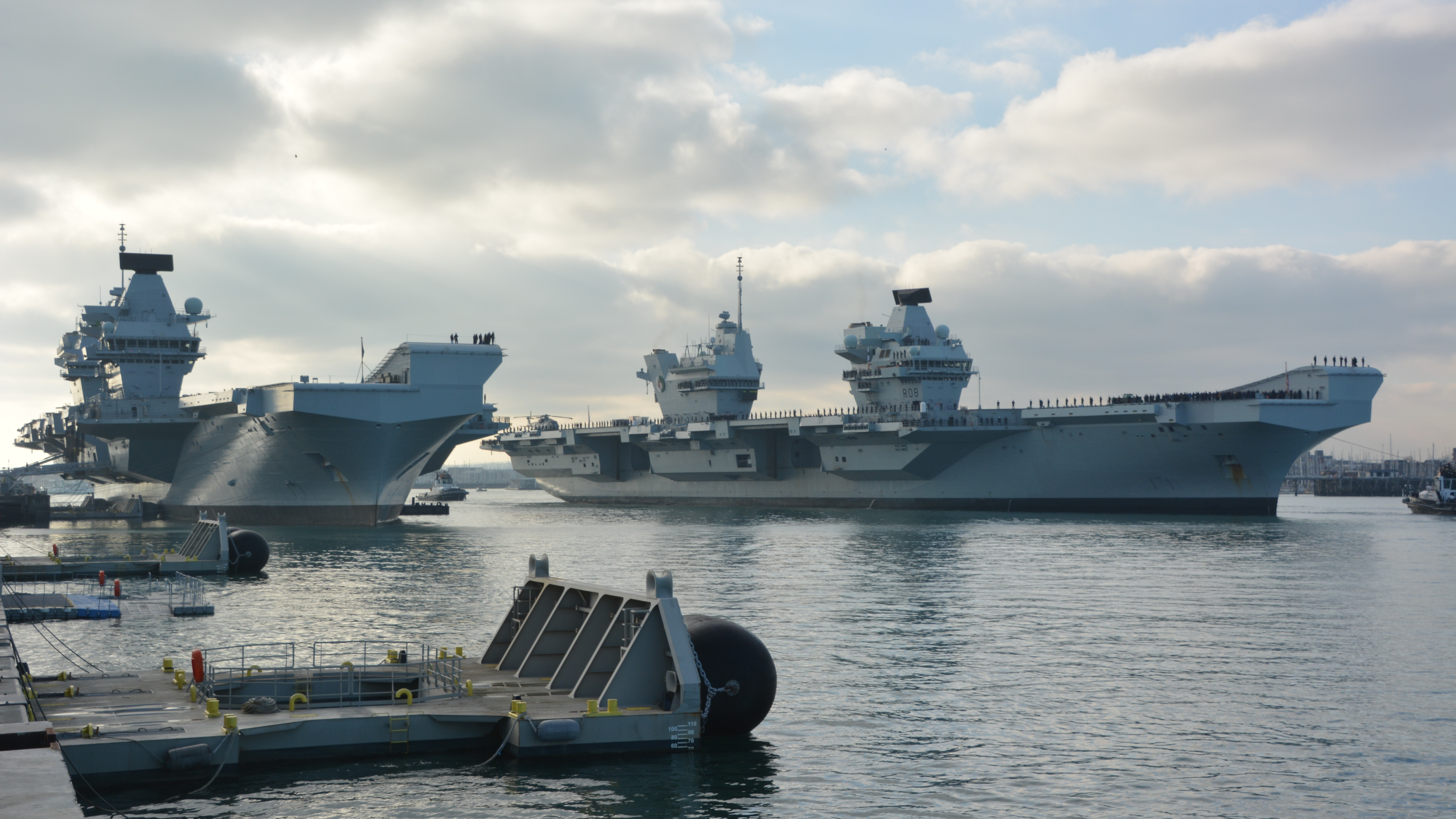 Navy's aircraft carriers together in Portsmouth home base ...