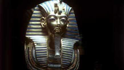 On this day: King Tut's tomb's riches revealed