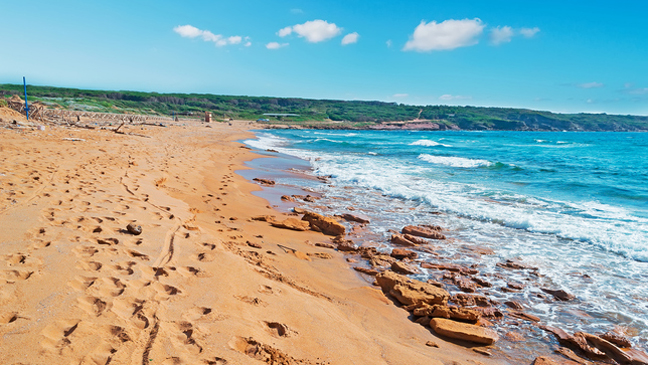 7 of the world's most colourful beaches   BT