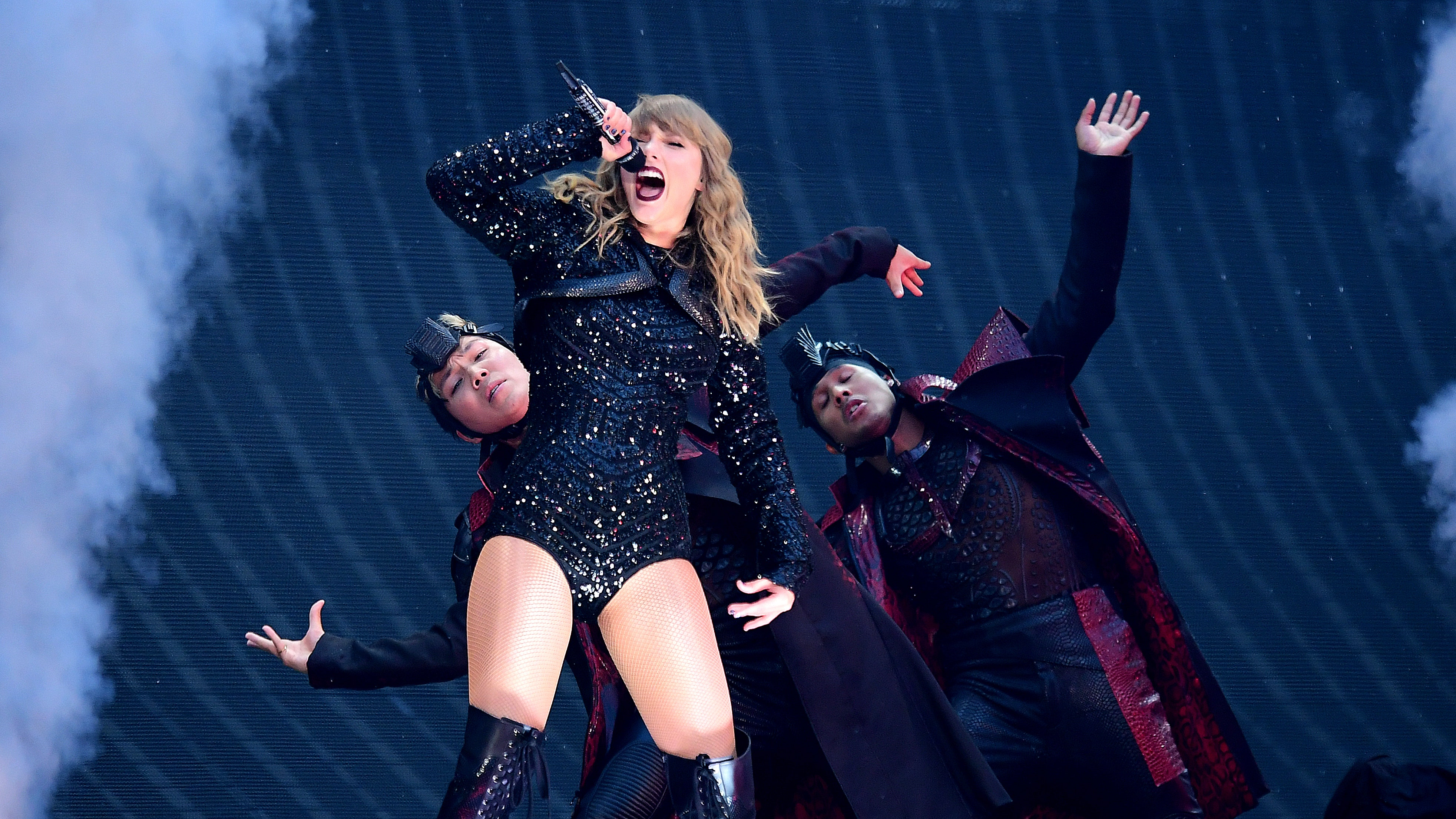 Taylor Swift Sad And Grossed Out After Scooter Braun Acquires Back Catalogue Bt