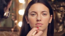 The secrets behind the 'no-make-up-make-up' look