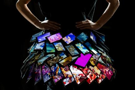 Nokia teamed up with design team Fyodor on the world's first interactive skirt