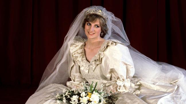 The World S Most Expensive Wedding Dresses