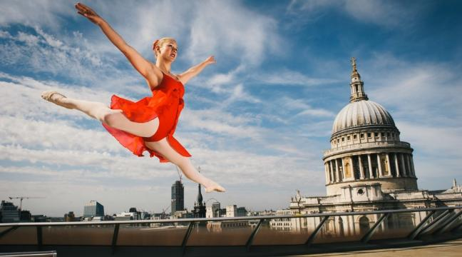 These stunning pictures of a ballerina dancing through London will make you wish you'd never hung up those ballet slippers